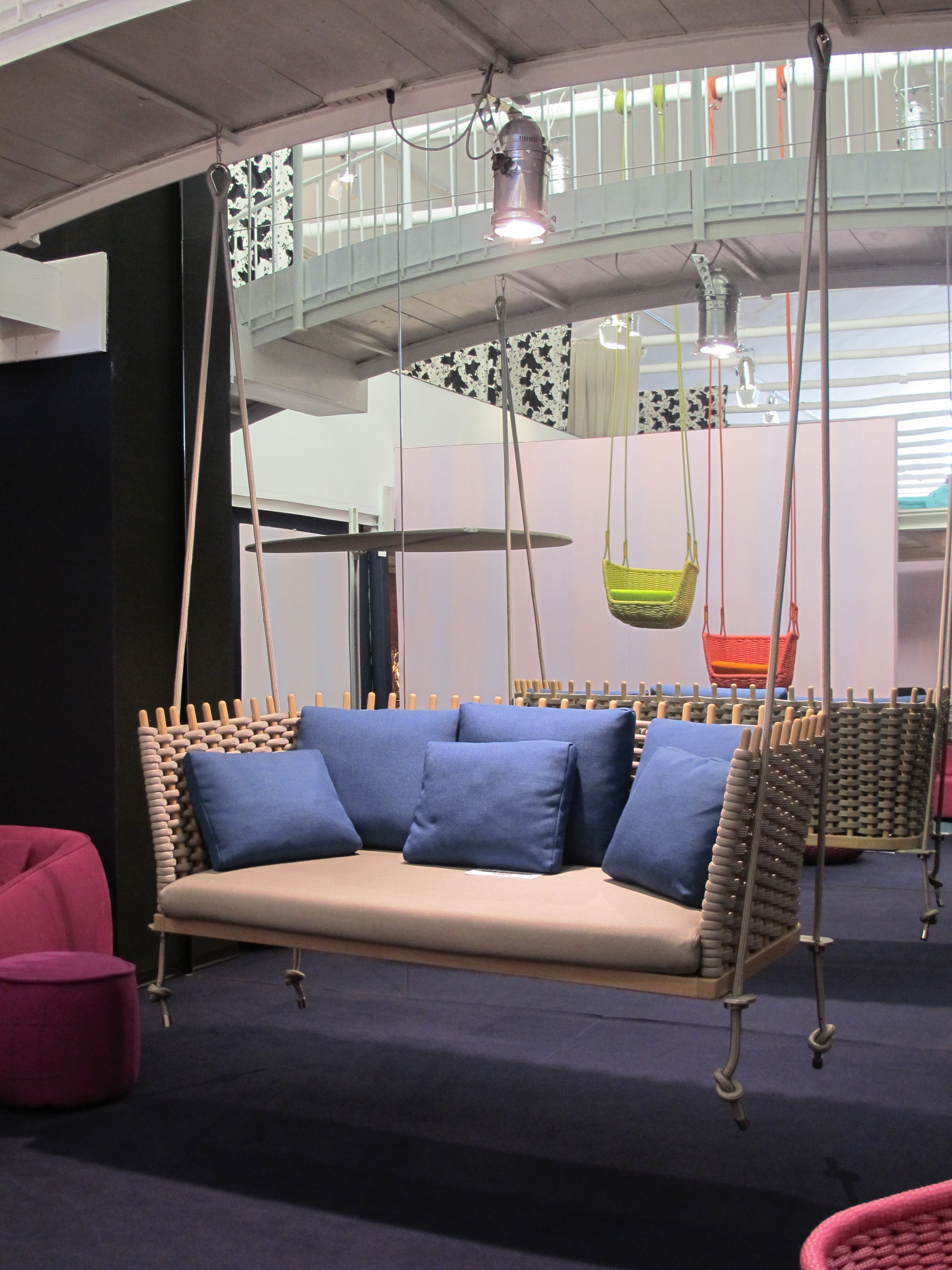 Swinging summer the picnic guest for Paola lenti