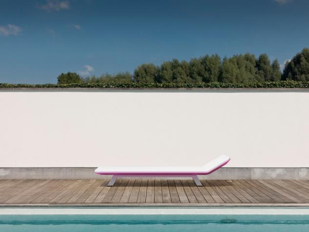 Pool side_pink_72dpi